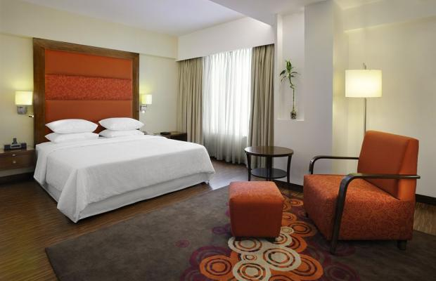 фотографии Four Points by Sheraton Ahmedabad (ex. Royal Orchid Central) изображение №4