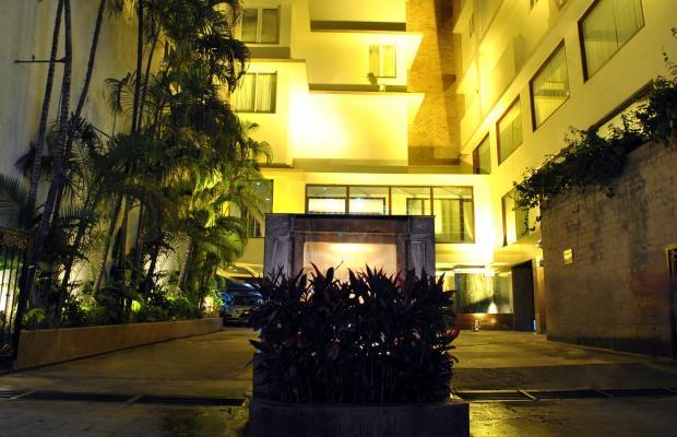 фото отеля Dynasty изображение №1