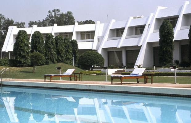 фото отеля Radisson Hotel Khajuraho изображение №1