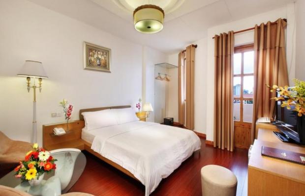 фото A&Em 150 Le Thanh Ton Hotel изображение №6