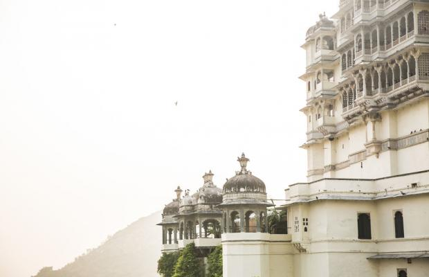 фото Raas Devigarh (ех. Devi Garh) изображение №14