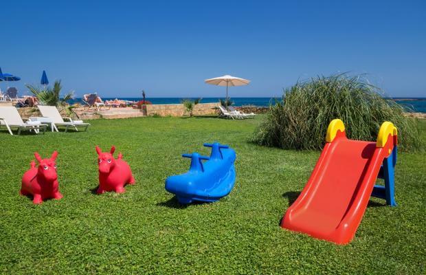 фотографии Pyrgos Beach изображение №20