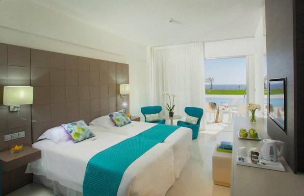 фотографии отеля King Evelthon Beach Hotel & Resort изображение №51