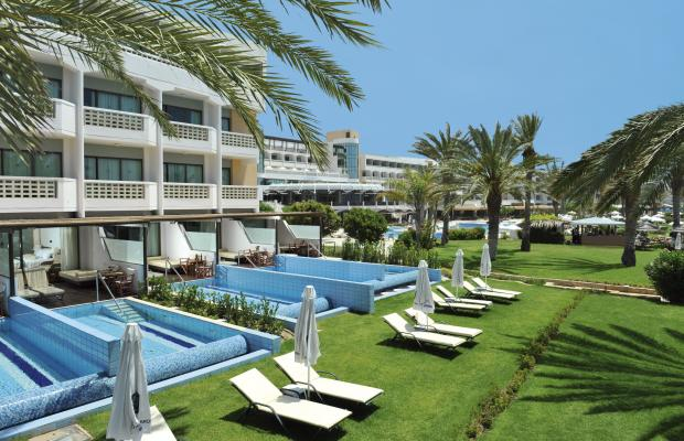 фото отеля Constantinou Bros Athena Beach Hotel изображение №1