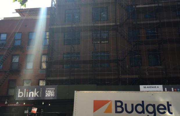 фото A Greenwich Village Habitue изображение №14