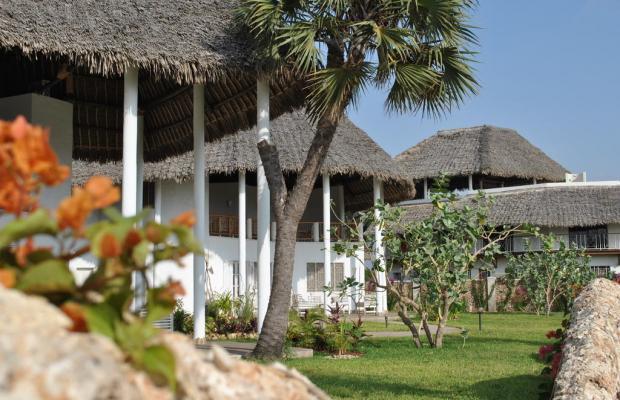 фото отеля Kola Beach Resort изображение №17