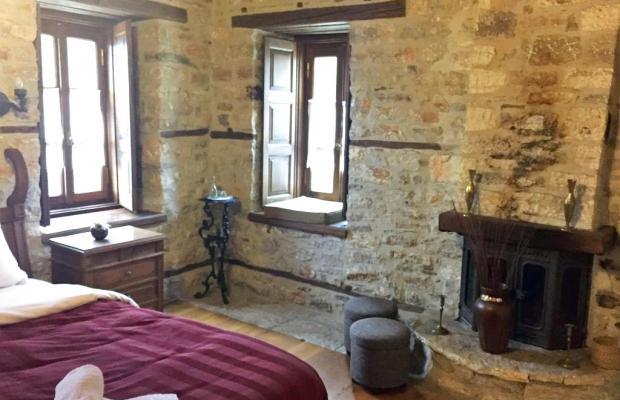 фотографии отеля Koryschades Village Old INN изображение №3