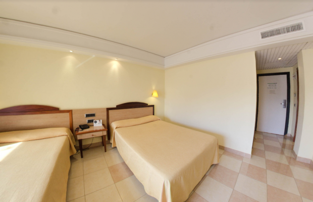 фотографии SBH Crystal Beach Hotel & Suites изображение №12