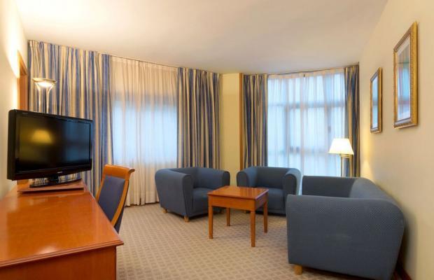 фото отеля Tryp Barcelona Apolo Hotel изображение №45