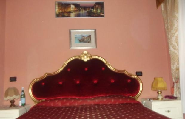 фотографии отеля Alloggi Serena изображение №7