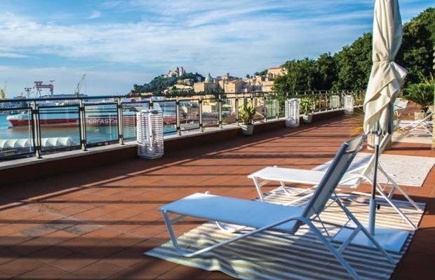 фото отеля SeePort Hotel изображение №9