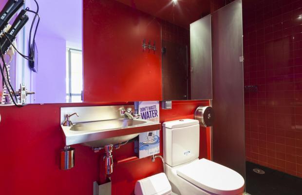 фото отеля Urbany Hostel BCNGO Barcelona изображение №17