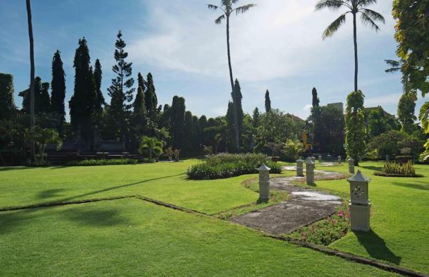 фото White Rose Kuta Resort, Villas & Spa изображение №10