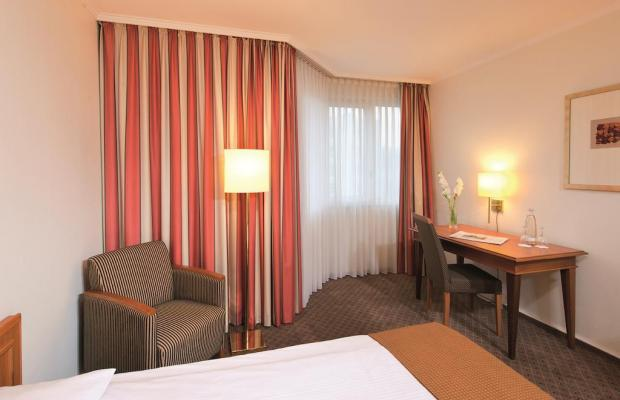 фото отеля Leonardo Hotel Dusseldorf City Center (ex. Holiday Inn Dusseldorf) изображение №13