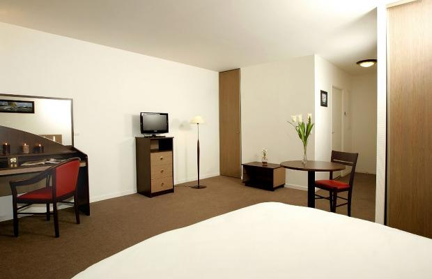 фото отеля Comfort Suites Le-Port-Marly Paris Ouest (ex. Appart'City Le Port-Marly) изображение №37