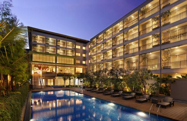 фото отеля Holiday Inn Express Bali Raya Kuta изображение №1