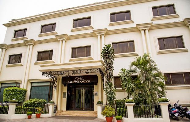 фото отеля La Place Sarovar Portico изображение №1