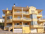 Asterias Hotel, 2*
