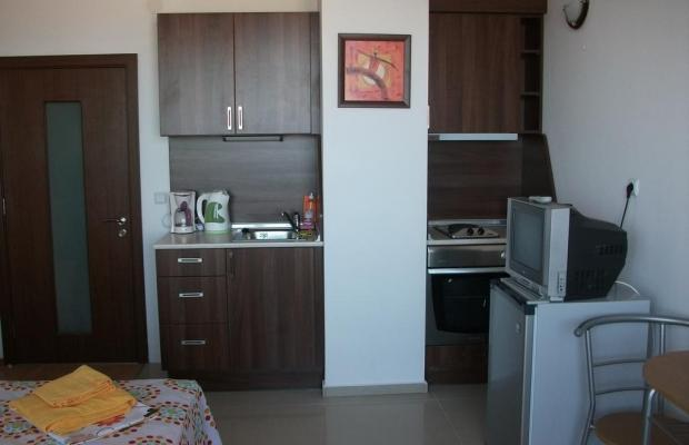 фотографии отеля Lucky Beach Apartments (Лаки Бич Апартментс) изображение №7
