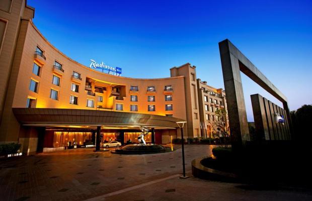 фото отеля Radisson Blu Plaza изображение №1