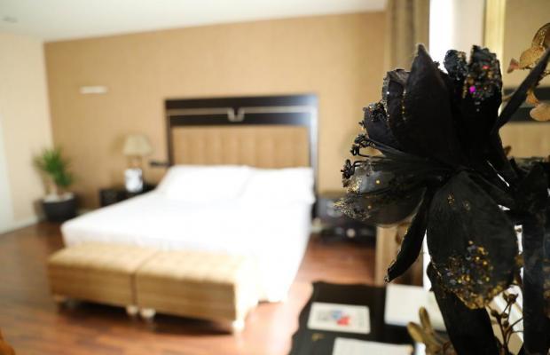 фото Hotel 525 изображение №2
