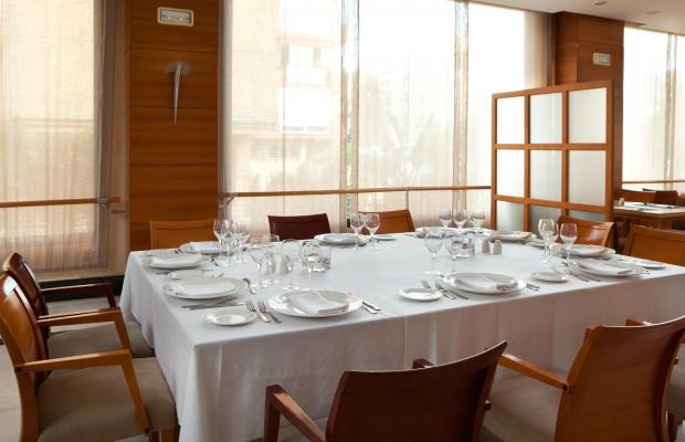 фотографии отеля NH Sevilla Viapol изображение №11