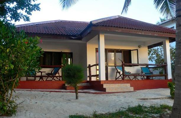 фотографии отеля Uroa White Villa изображение №19
