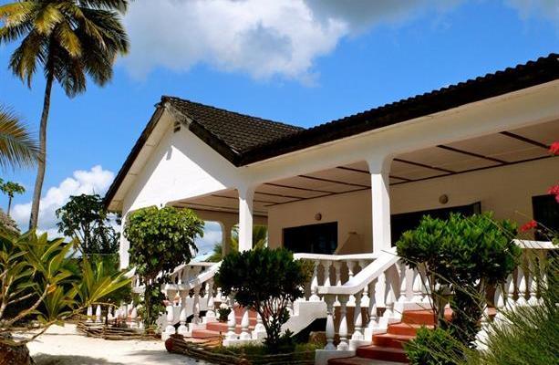 фото Uroa White Villa изображение №6