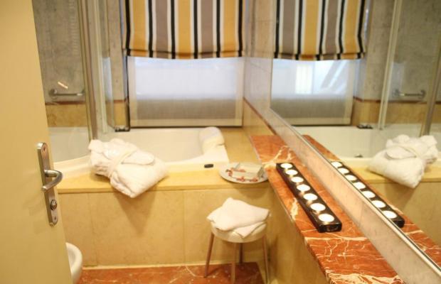 фотографии Hotel Carrobbio изображение №4