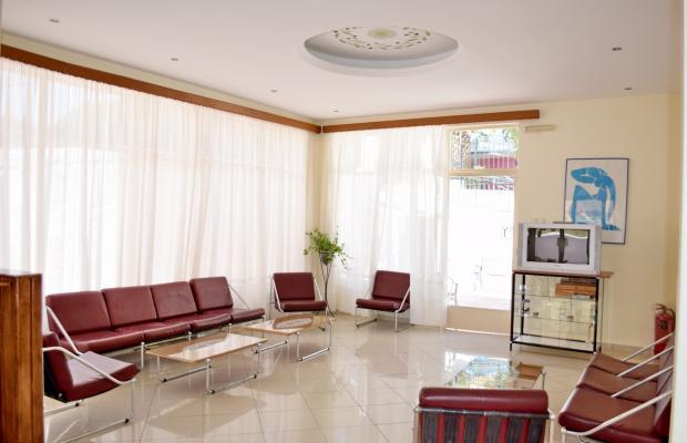 фото отеля Hotel Karyatides изображение №9