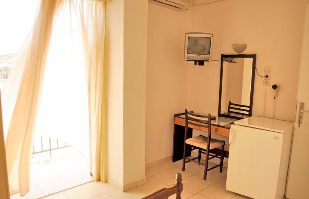 фото Hotel Karyatides изображение №6