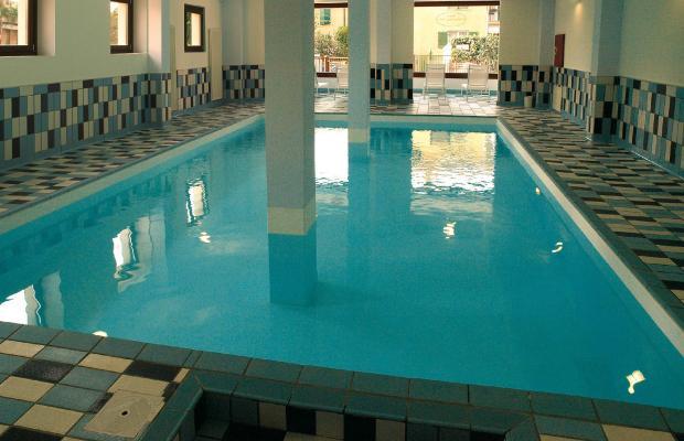 фото отеля International Hotel изображение №9