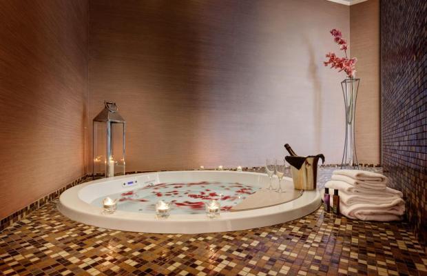 фото Dharma Hotel & Luxury Suites изображение №18