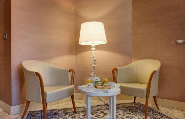 фотографии Dharma Hotel & Luxury Suites изображение №8