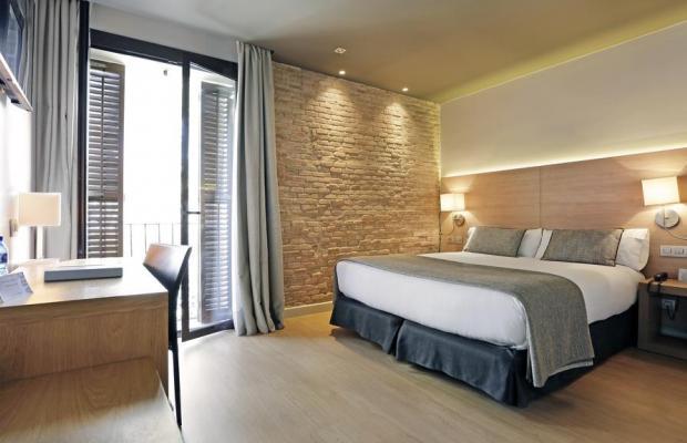 фото отеля Arc La Rambla изображение №25