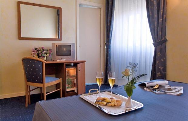 фотографии отеля Hotel Laura изображение №15