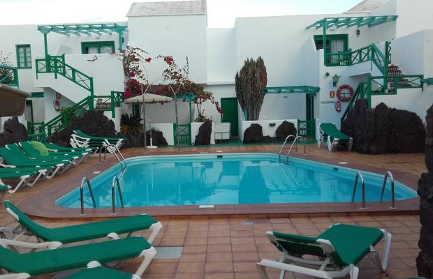 фото отеля Apartamentos Celeste изображение №1