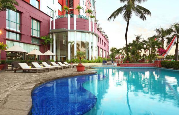 фото отеля Aryaduta Makassar изображение №1