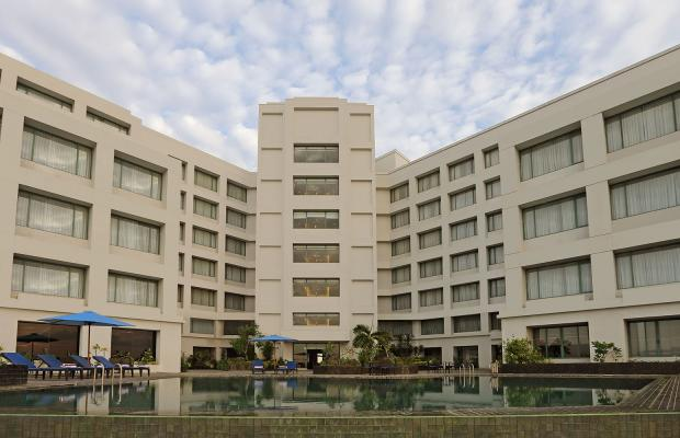 фото отеля Aryaduta Manado (ex. The Ritzy Hotel Manado) изображение №1