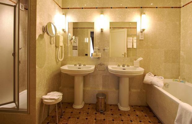 фото отеля Chateau de Pizay изображение №49