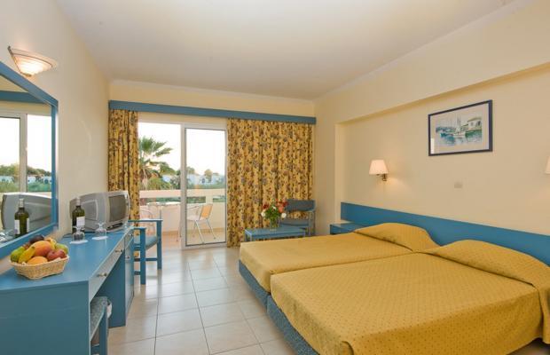 фото Alex Beach Hotel-Bungalows изображение №2