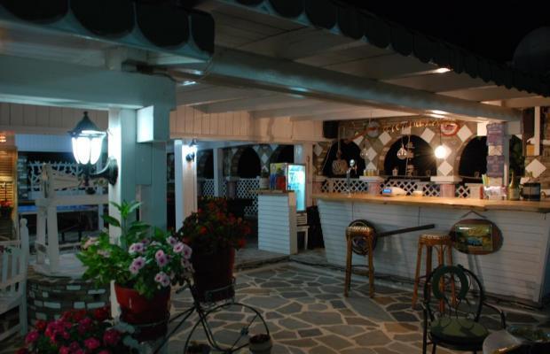 фото отеля Diaporos Hotel изображение №21