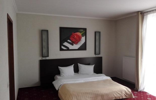 фото Hotel Blues (Отель Блюз) изображение №10