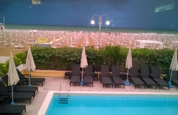 фото отеля Hotel Mondial изображение №5