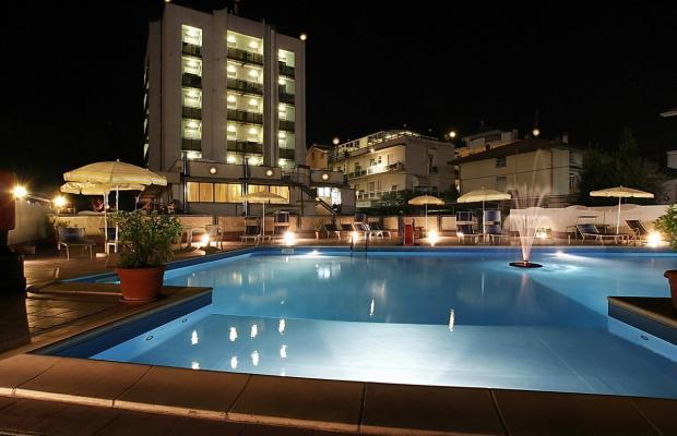 фото отеля Avila in изображение №9