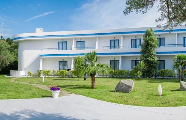 фото отеля Cala Longa Hotel Club изображение №5