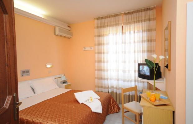 фотографии Hotel Milton Iris изображение №4