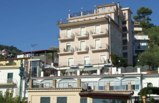 фото отеля Baia Azzurra изображение №1