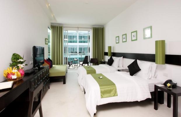 фото отеля The Old Phuket Karon Beach Resort изображение №17