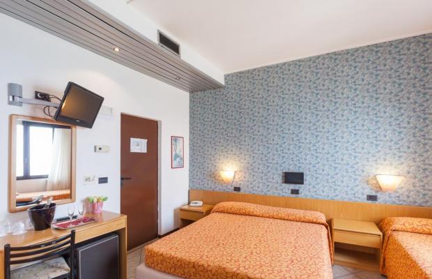 фотографии отеля Hotel Aurora изображение №15